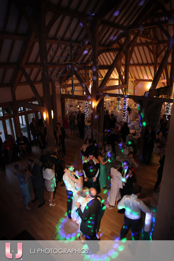 Dancing into the night at Rivervale Barn