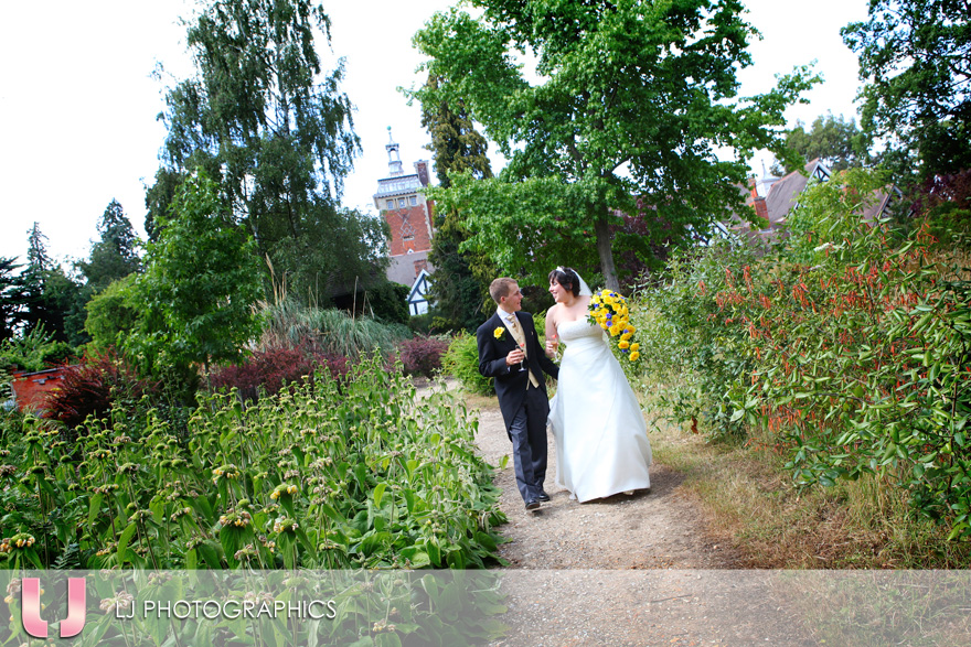 Wedding at Tylney Hall Hotel, Hook, Hampshire