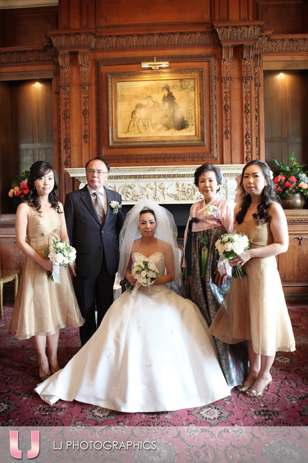 Traditional Korean Wedding Photo at Tylney Hall Hotel